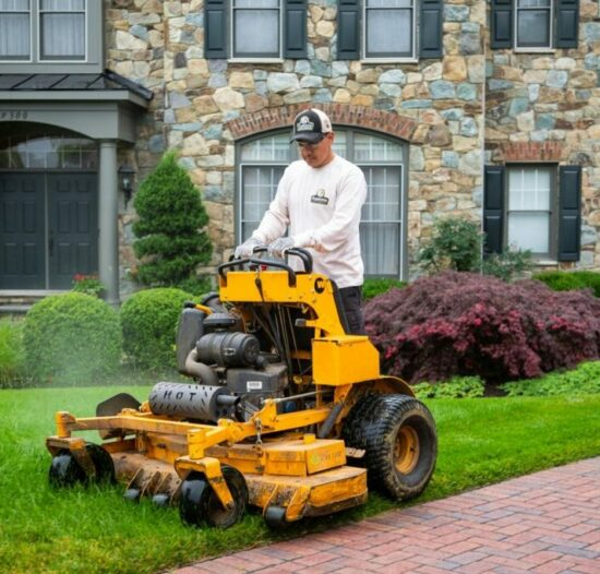 nice-house-lawn-truck-mowing-3